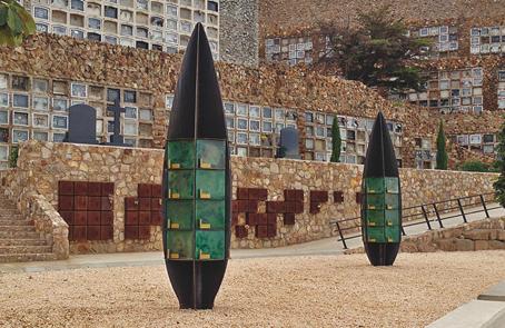 Columbarios cinerarios en el Cementerio de Montjuic