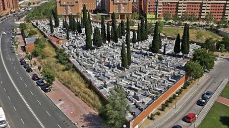 Oscar del Pozo_Cementerio parroquial de Santa María de la Antigua, en Vicálvaro