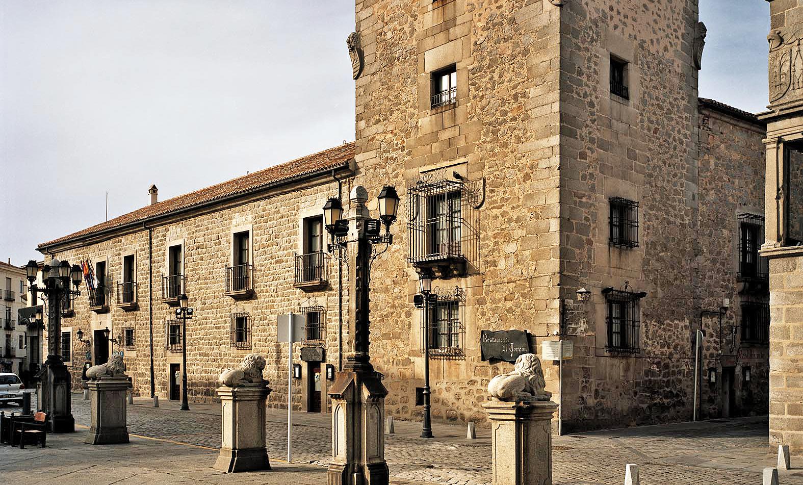 hotel_palacio_de_los_velada-exterior