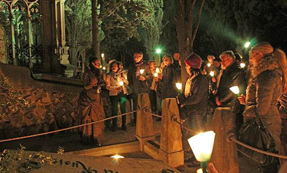 ruta_nocturna_por_cementerio_de_les_corts