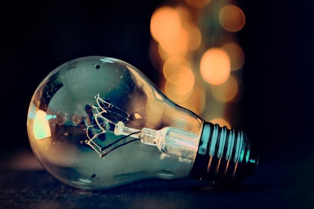 light-bulb-3535435_640