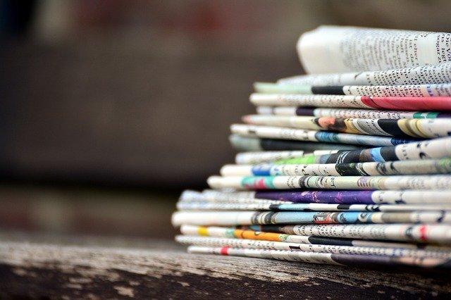 newspapers-3488861_640