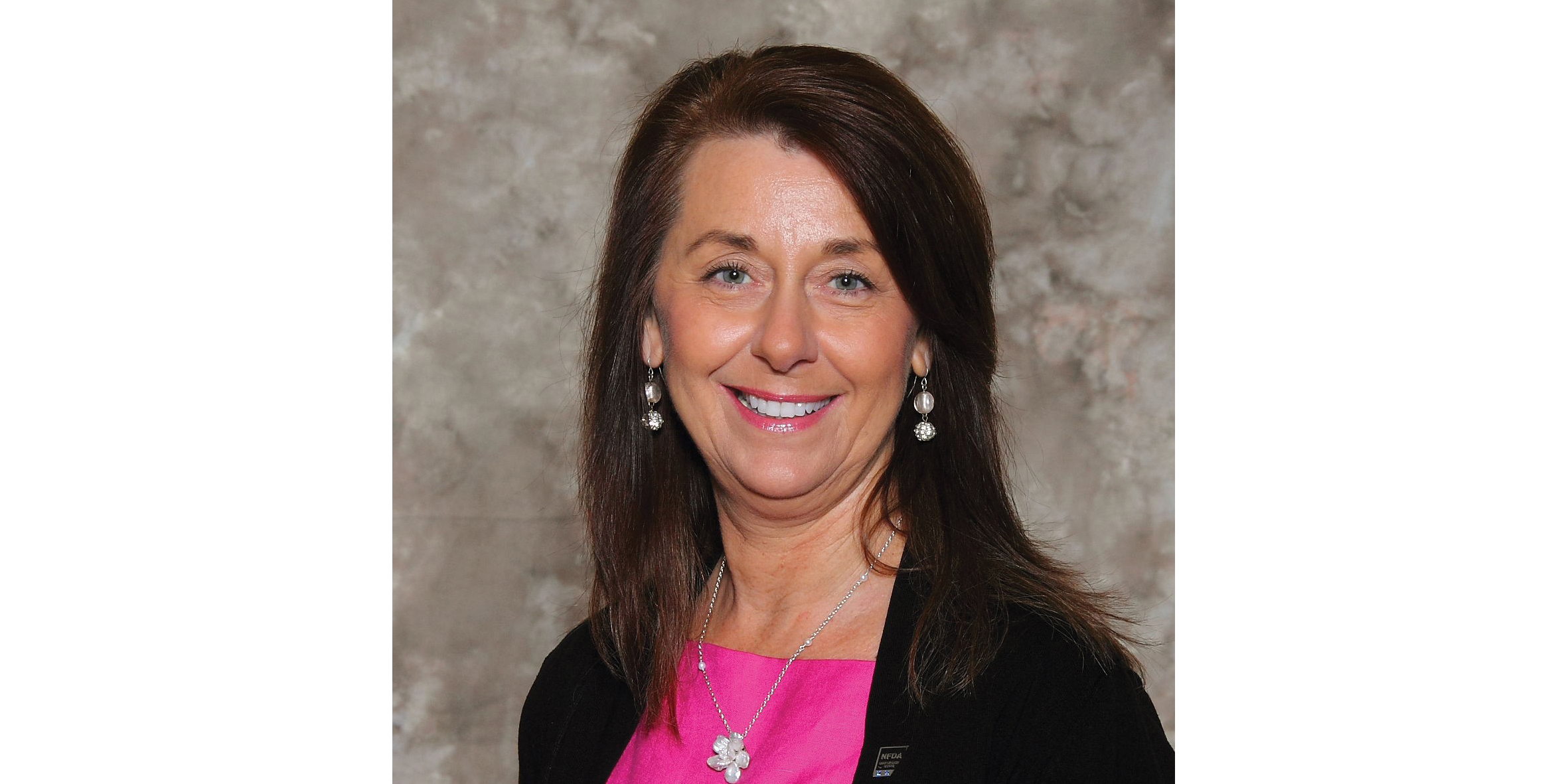 Christine Pepper, CAE NFDA Chief Executive Officer - EEUU