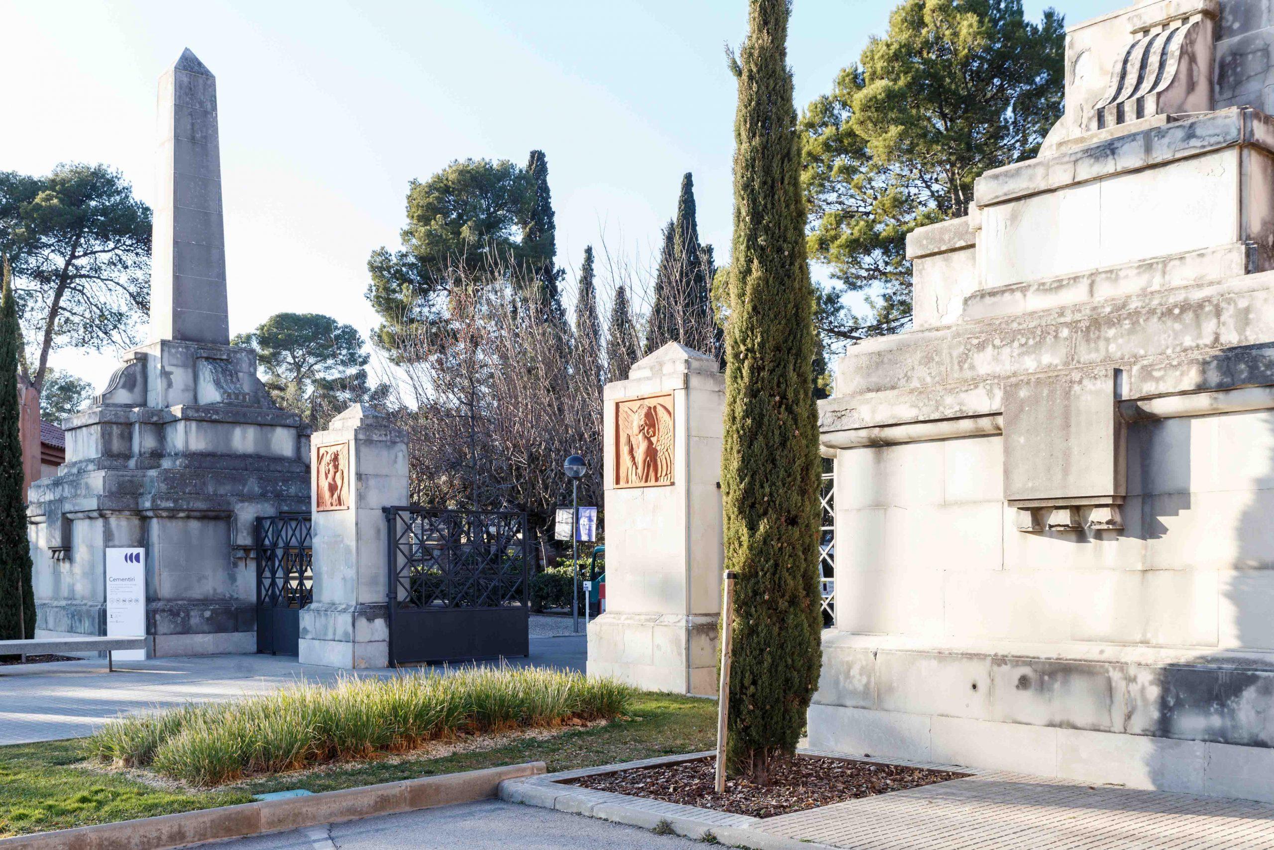 cementerio_terrassa_entradaBR