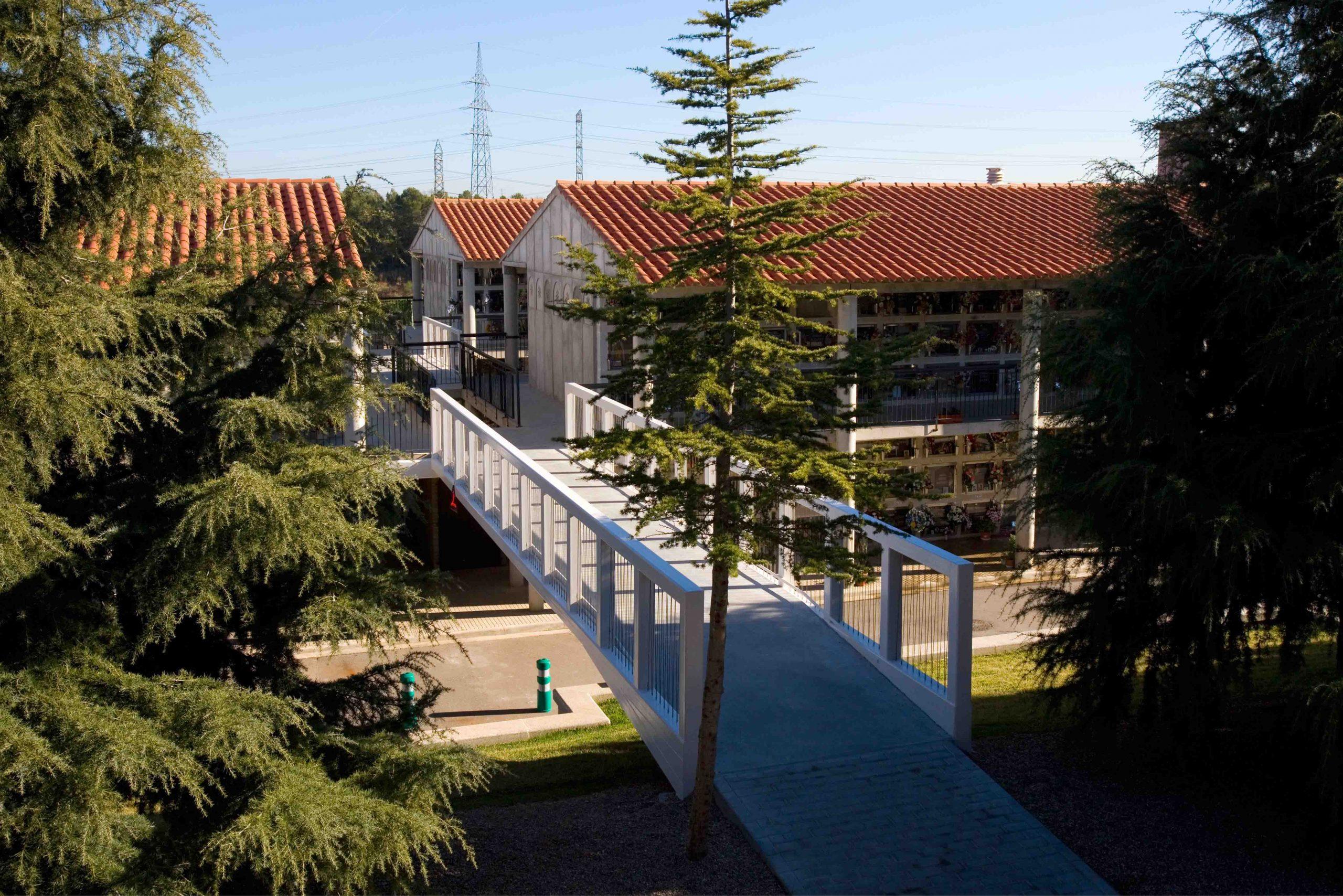 cementerio_terrassa_nichos_doble_planta_accesibilidadBR