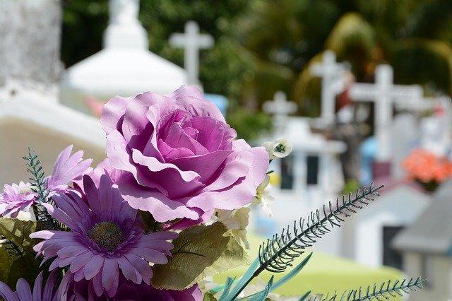 cementerio-948048_640